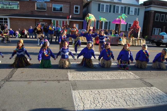 "The Palmerton Booster Club 85 pound cheering team came out on top in the Large Floats, Judges Choice for Overall Outstanding Large Float for its ""We Lei a Whoopin on the competition."""