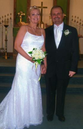 Mr. and Mrs. Carlton N. Knepper
