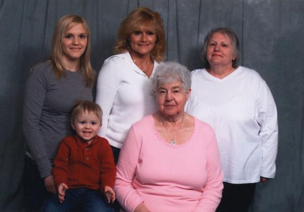 Palmerton woman enjoys five generations