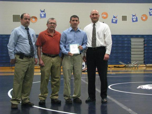 Creitz inducted into Tamaqua Wrestling Hall of Fame