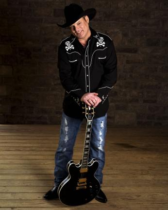 John Michael Montgomery performs Sunday at Penn's Peak in Jim Thorpe. The concert starts at 8 p.m.