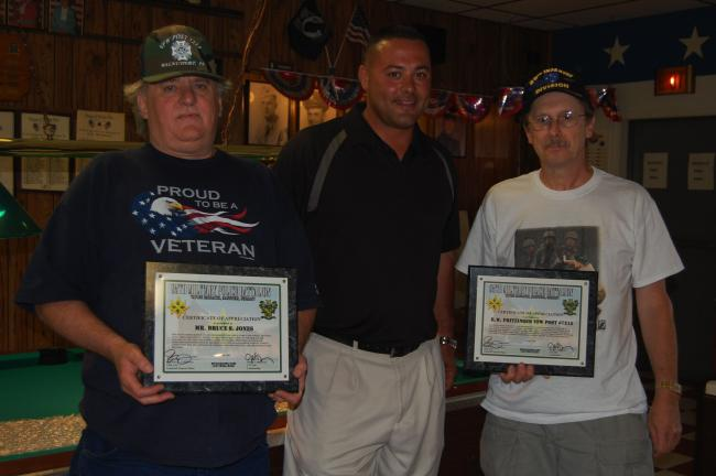 ELSA KERSCHNER/TIMES NEWS Commander Bruce Jones of Post 7215 Veterans of Foreign Wars, Walnutport, and Myron Strohl, senior vice commander and Post service officer, accept Certificates of Appreciation from Sgt. 1st Class Frank Zelinsky, center, of…