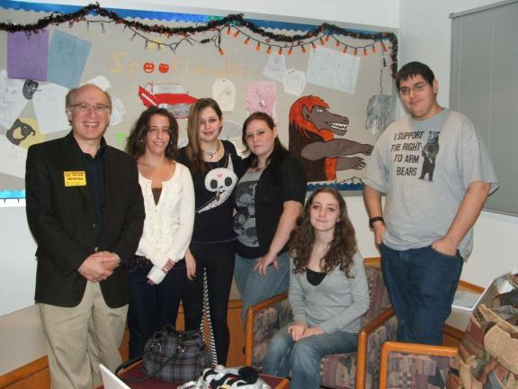 MICHAEL A HEERY/SPECIAL TO THE TIMES NEWS Dr. Dennis Razze, Director of Theatre at DeSales University and Associate Artistic Director of The Pennsylvania Shakespeare Festival, recently spoke to English classes at Lehighton Area High School. He…