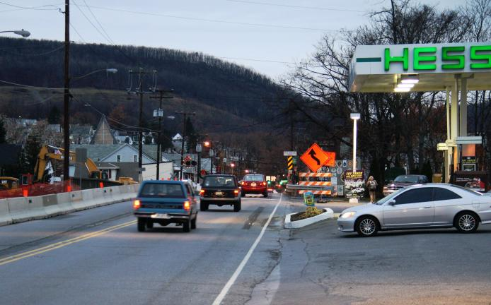 ANDREW LEIBENGUTH/TIMES NEWS SR309 will be closed near the Hess gas station in Tamaqua starting tomorrow at 7 p.m. and reopen at 5 a.m. on Monday.