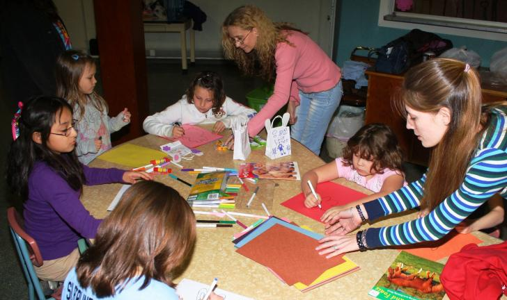 ANDREW LEIBENGUTH/TIMES NEWS Volunteers with the Tamaqua Community Arts Center (TCAC) are holding kid's crafting classes every Thursday at the center, 125 Pine Street, from 6 p.m. to 7:30 p.m. It is open to children in kindergarten to 3rd grade…
