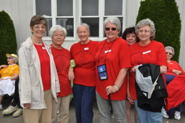 AMY MILLER/TIMES NEWS Jim Thorpe seniors take time away from the miniature golf course to enjoy a photo opportunity. From left, are Carol Lee O'Brien, Reiko Summers, Grace Wilson, Karen Brandis, Irene Boscia, and Connie DiJohn.