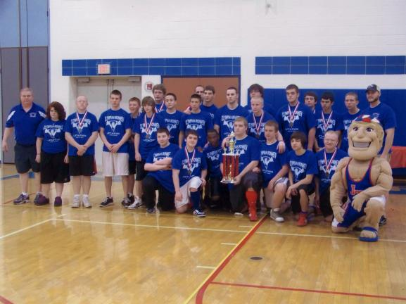 The Jim Thorpe powerlifting team had an undefeated season that included a pair of state titles.