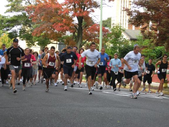 STACEY SOLT/SPECIAL TO THE TIMES NEWS Runners compete during last year's 5K for diabetes in Palmerton.