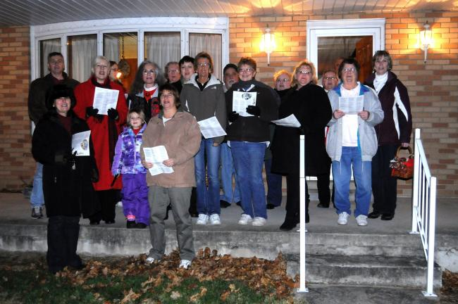 RON GOWER/TIMES NEWS Two Lehighton organizations combined to brighten the Christmas holidays by singing Christmas carols.