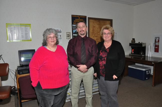 AMY MILLER/TIMES NEWS The Carbon County Animal Response Team welcome a new leadership team on Wednesday evening. From left are Diane Sharpless, coordinator; Mark Richards, co-coordinator; and Donna Kattner, secretary/treasurer.